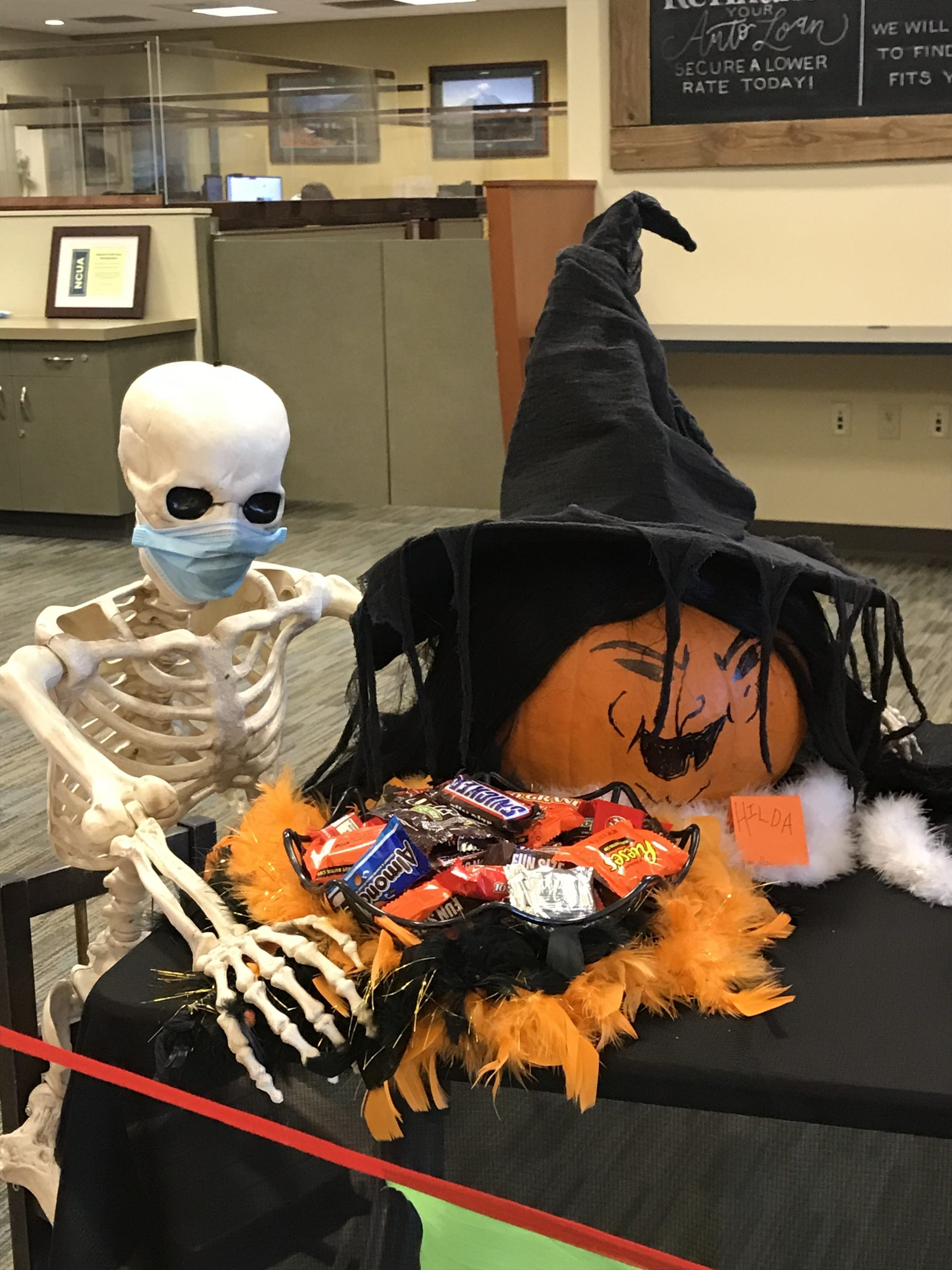 white river credit union pumpkin decorating contest