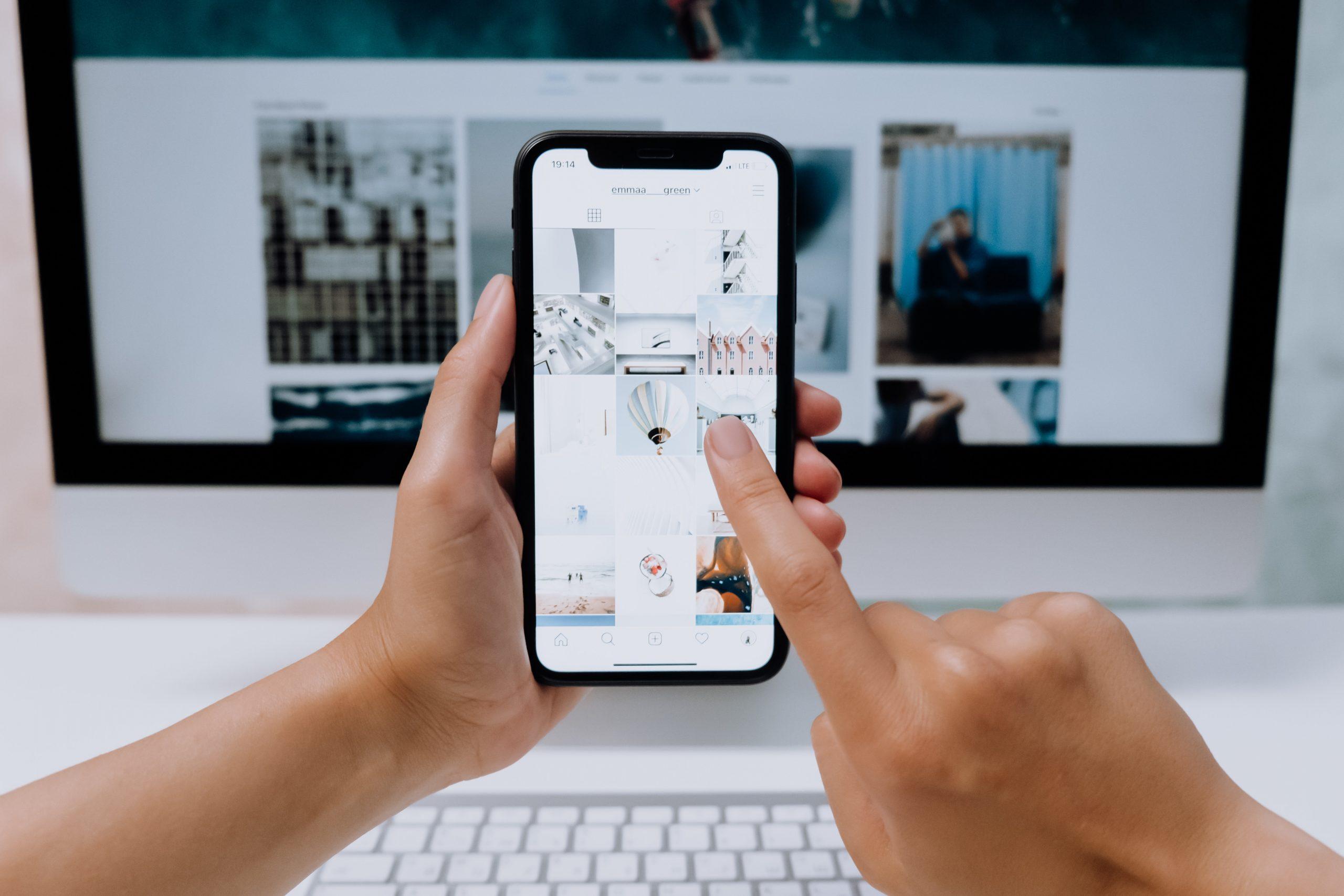 phone, social media, hands